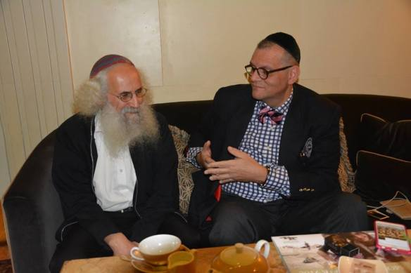 Arieol Cohen Alloro with Canon Andrew White, courtesy Facing Each Other http://www.facingeachother.com/