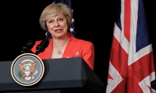 British Prime Minister Theresa May talks to media with U.S. President Barack Obama after their bilateral meeting in Hangzhou in eastern China's Zhejiang province, Sunday, Sept. 4, 2016, alongside the G20. (AP Photo/Carolyn Kaster)
